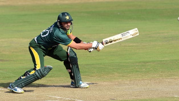 West Indies restrict Pakistan to XX despite Shahid Afridi's blitz in 1st ODI