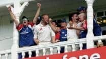 Ashes 2005: England clinch nervy win at Trent Bridge to take a 2-1 lead