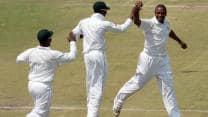 Misbah-ul-Haq, Azhar Ali steady Pakistan after early blows against Zimbabwe
