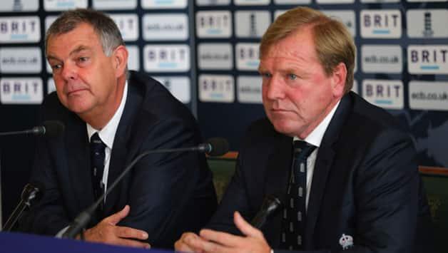 England defend playing tactics after Darren Lehmann's 'dour' remark