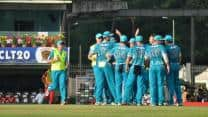 CLT20 2013 Live Cricket Score: Brisbane Heat vs Titans, Group B match