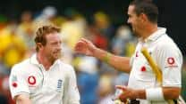 Ashes 2006-07: Paul Collingwood and Kevin Pietersen's record stand shocks Australia at Adelaide