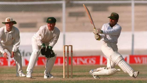 Inzamam-ul-Haq and Mushtaq Ahmed's nerves of steel deny Australia historic win at Karachi