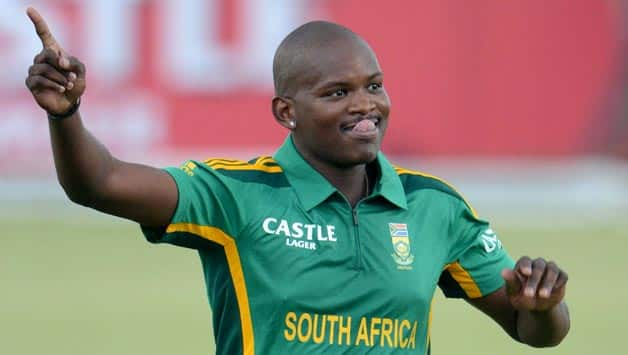 South Africa to consider forcing franchise teams to include two black Africans