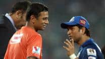 Rahul Dravid, Sachin Tendulkar given guard of honour during CLT20 2013 final
