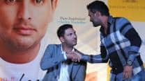 MS Dhoni keen to take pressure off Yuvraj Singh in series against Australia