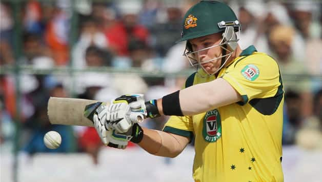 India vs Australia 2013 3rd ODI: Openers take visitors off to steady start; Score XXX for no loss in 5 overs