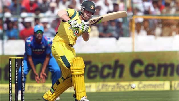 India vs Australia 2013 3rd ODI: Openers take Australia to XXX/0 in 10 overs
