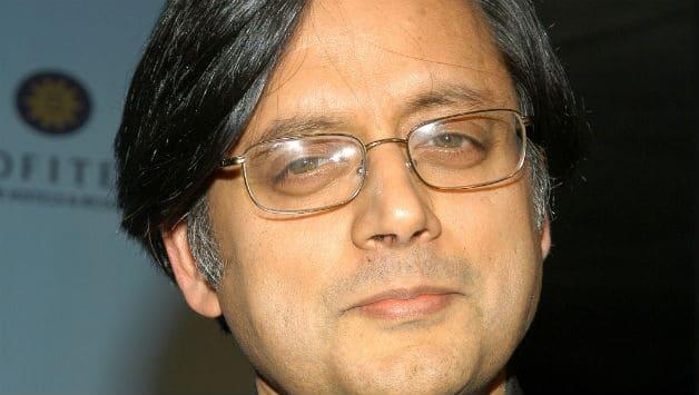 KCA tender apology to Shashi Tharoor