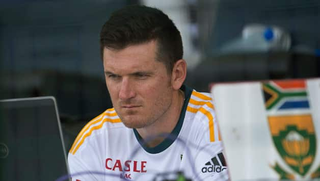 Graeme Smith vows to salvage pride by winning 2nd Test against Pakistan
