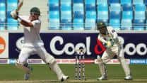 South Africa pile on lead as AB de Villiers completes ton against Pakistan at Tea on Day 2