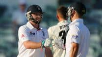 Ian Bell, Jonathan Trott take England to 270/2 at stumps on Day 2 in Ashes 2013-14 tour opener