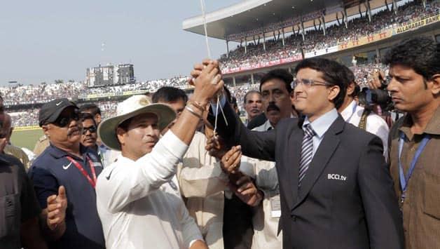 Sachin Tendulkar-Sourav Ganguly share light moment during India-West Indies 1st Test