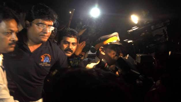 IPL 2013 fixing controversy: Bombay HC to hear PIL on case `in chamber'