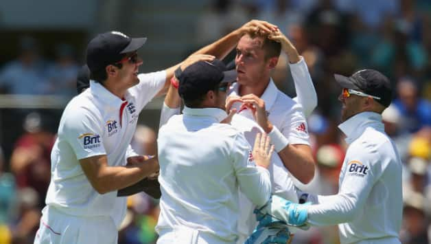 Ashes 2013-14: Stuart Broad strikes twice as Australia are at 71/2 at lunch on Day 1 of 1st Test at Gabba