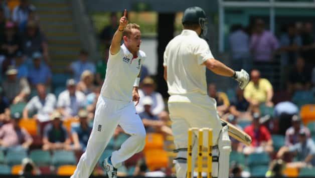 Australia vs England Ashes 2013-14 1st Test, Day 1: Stuart Broad rattles Australia; Score 110/5