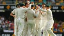 Australia vs England Ashes 2013-14 1st Test, Day 4: Rain stops play again; Australia need 2 wickets for victory