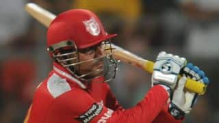Hold back talks of Sehwag's comeback with Indian team