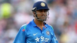 Dhoni wants pacers to focus on death bowling