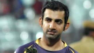 Delhi lose openers after brisk start; score 39/2 in 4 overs
