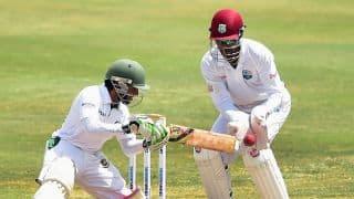 Tamim, Mominul lead Bangladesh's fightback