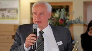 Edwards, Clarke try to pacify affiliates, associates