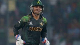 Kamran Akmal: Umar should play as pure batsman